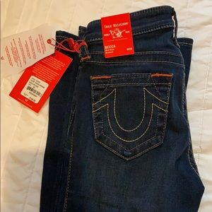 NWT Becca Mid Rise Bootcut True Religion 26/33